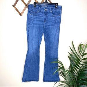 American Eagle Medium Wash Kick Boot Jean